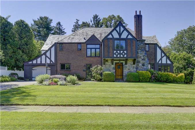 Single Family Home Sold in Stamford CT 06902. Old tudor house near beach side waterfront with 1 car garage.