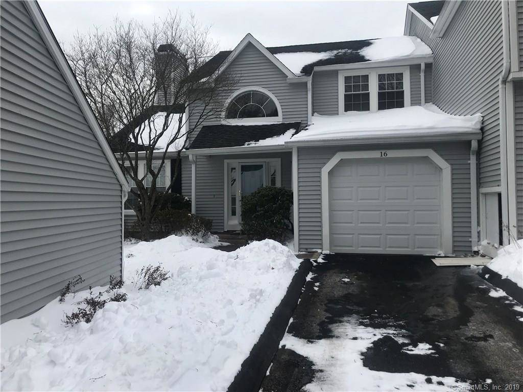 Condo Home Rented in Shelton CT 06484.  townhouse near waterfront with swimming pool and 1 car garage.