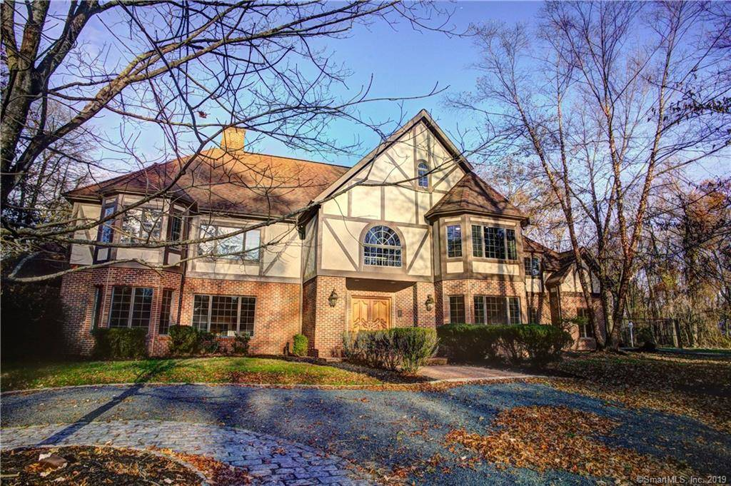 Foreclosure: Single Family Home Sold in Westport CT 06880. Colonial, tudor house near waterfront with swimming pool and 3 car garage.