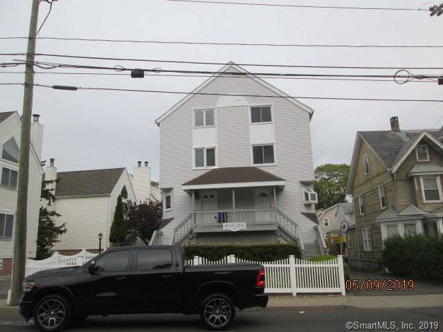 Foreclosure: Condo Home Sold in Stamford CT 06901.  townhouse near waterfront with 1 car garage.