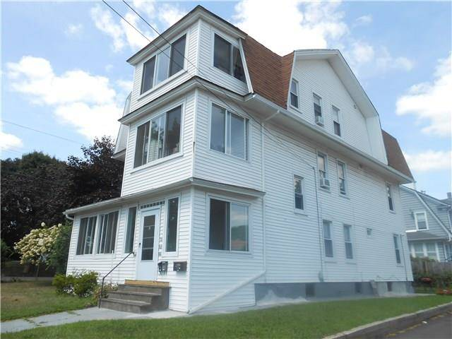Multi Family Home Rented in Stratford CT 06614. Old ranch house near beach side waterfront.