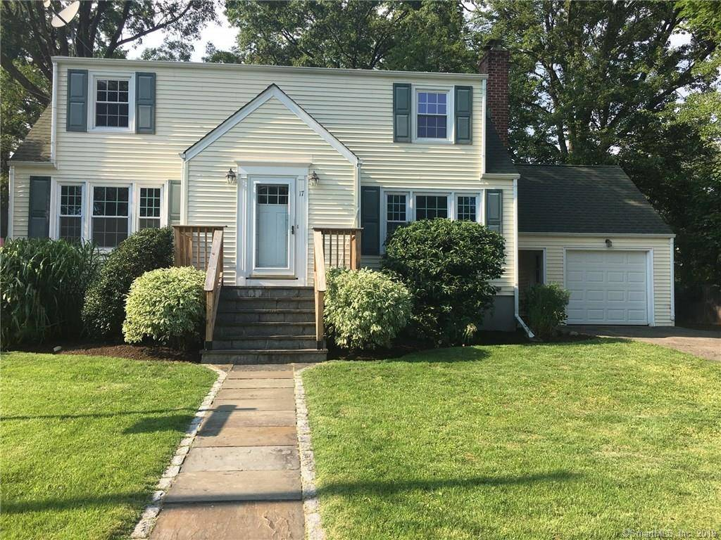 Foreclosure: Single Family Home Sold in Norwalk CT 06851. Old colonial cape cod house near waterfront with 1 car garage.