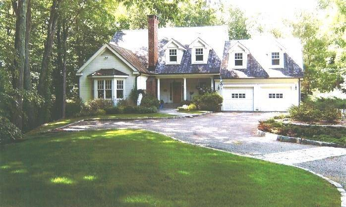 Single Family Home Rented in Wilton CT 06897. Colonial house near river side waterfront with 2 car garage.