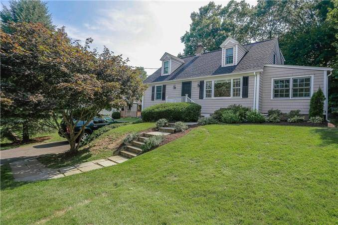 Single Family Home Sold in Fairfield CT 06824.  cape cod house near beach side waterfront with 1 car garage.