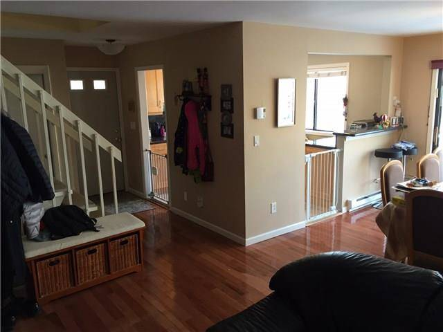 Condo Home Rented in Stamford CT 06902.  house near waterfront with swimming pool.