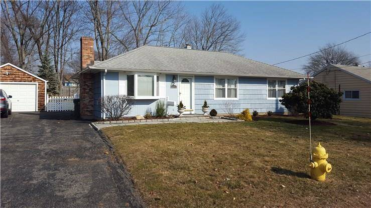 Single Family Home Rented in Bridgeport CT 06606. Ranch house near beach side waterfront with 1 car garage.