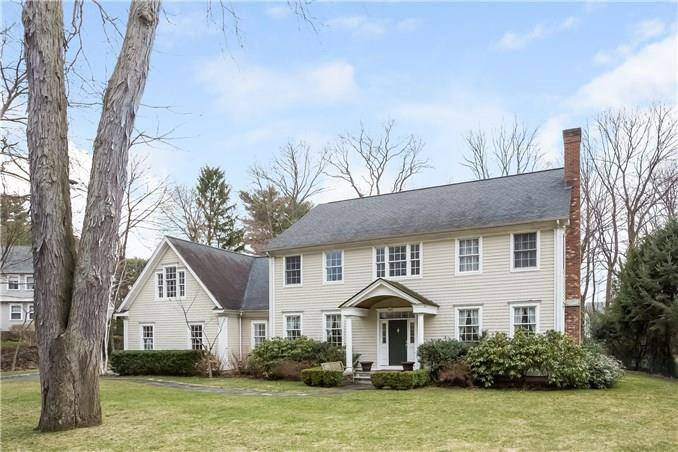 Single Family Home Sold in Darien CT 06820. Colonial house near waterfront with 3 car garage.