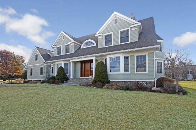 Single Family Home Rented in Westport CT 06880. Colonial house near beach side waterfront with 3 car garage.