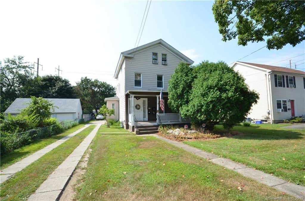 Multi Family Home Sold in Fairfield CT 06824. Old  house near beach side waterfront.