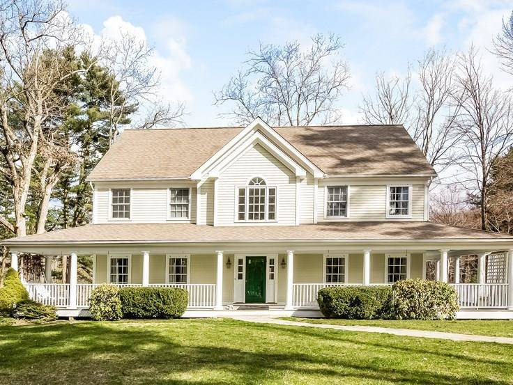 Single Family Home Sold in Bethel CT 06801. Colonial house near lake side waterfront with 3 car garage.