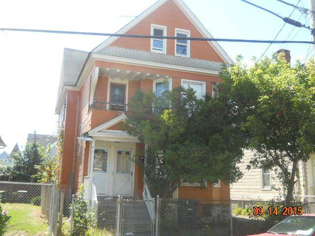 Foreclosure: Multi Family Home Sold in Bridgeport CT 06608. Old  house near waterfront.