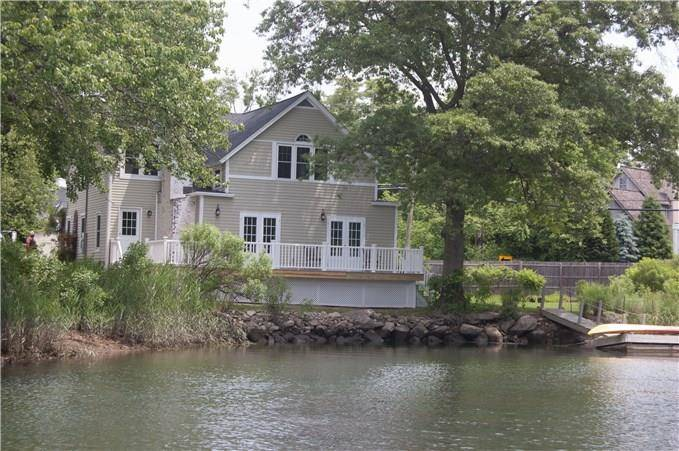 Single Family Home Sold in Norwalk CT 06853. Old colonial house near beach side waterfront.