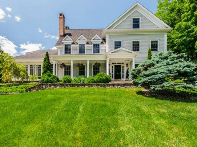 Single Family Home Rented in Ridgefield CT 06877. Colonial house near waterfront with swimming pool and 3 car garage.