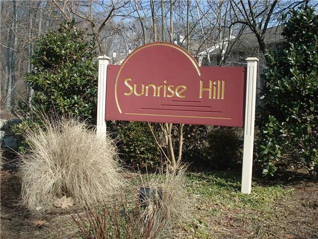 Condo Home Sold in Norwalk CT 06851.  townhouse near beach side waterfront with swimming pool and 1 car garage.