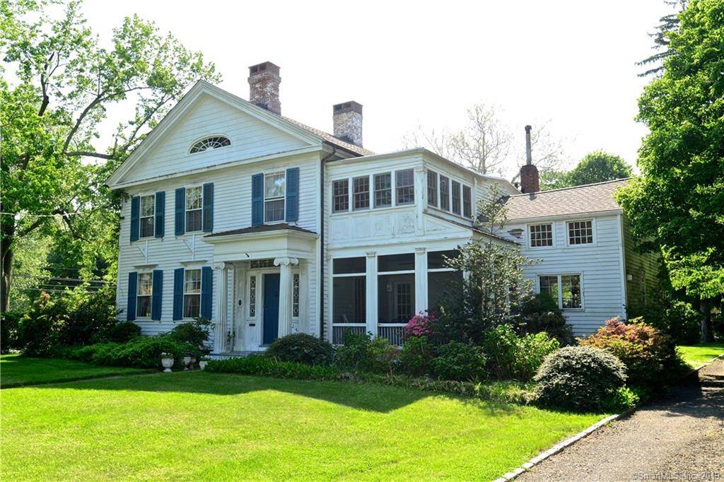 Short Sale: Single Family Home Sold in Stratford CT 06615. Old colonial, antique house near beach side waterfront with 3 car garage.