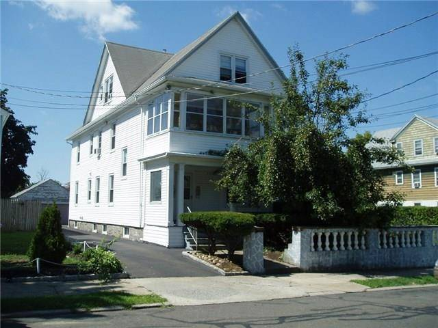 Multi Family Home Rented in Bridgeport CT 06610. Old colonial house near lake side waterfront.
