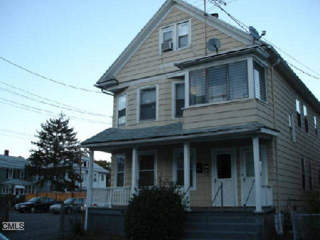 Multi Family Home Rented in Bridgeport CT 06605. Old  house near beach side waterfront.