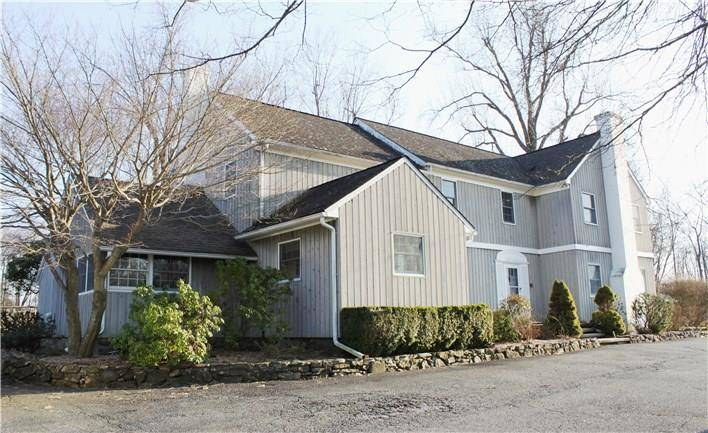 Single Family Home Rented in Ridgefield CT 06877. Colonial farm house near lake side waterfront with 2 car garage.