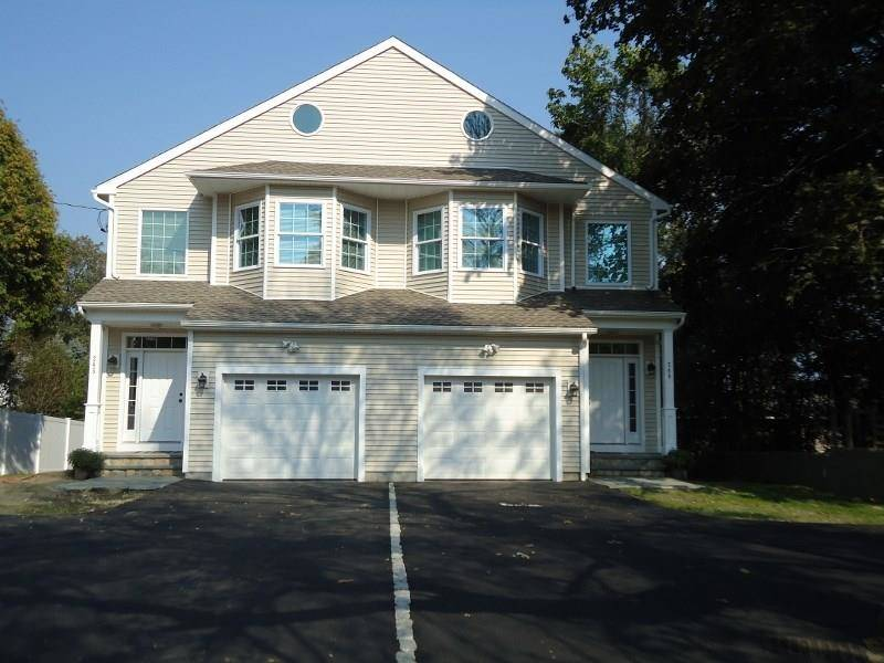 Residential Property Rented in Fairfield CT 06825.  house near waterfront with 1 car garage.