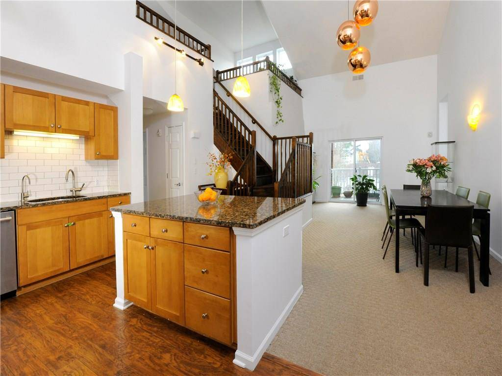 Condo Home Sold in Stamford CT 06902.  house near river side waterfront with 1 car garage.