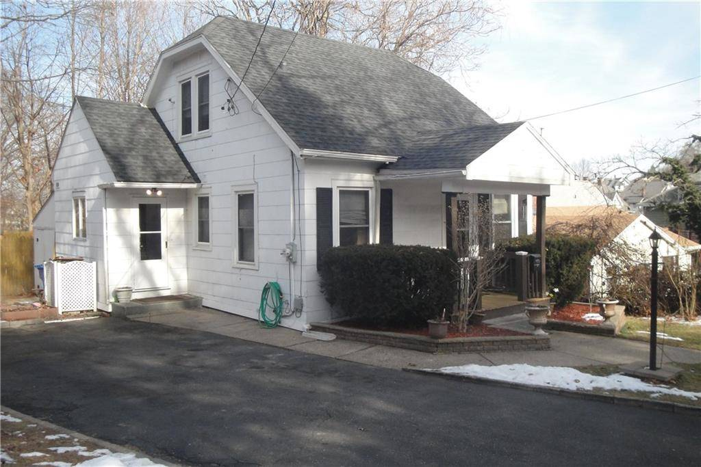 Single Family Home Sold in Shelton CT 06484. Old  cape cod house near waterfront.