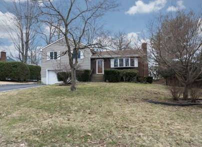 Single Family Home Rented in Norwalk CT 06850.  house near beach side waterfront with 1 car garage.