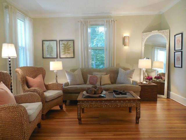 Single Family Home Rented in Greenwich CT 06830. Old colonial house near beach side waterfront.