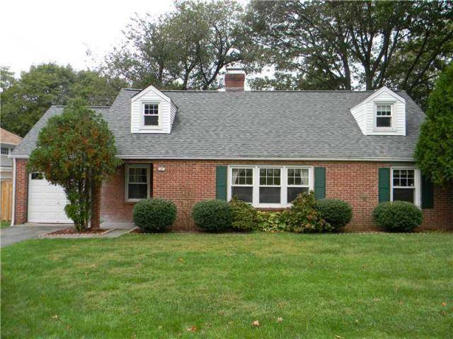 Single Family Home Rented in Greenwich CT 06870.  cape cod house near waterfront with 1 car garage.