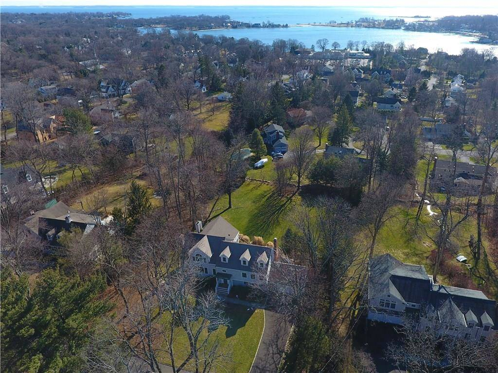 Single Family Home Sold in Darien CT 06820.  house near beach side waterfront with 2 car garage.