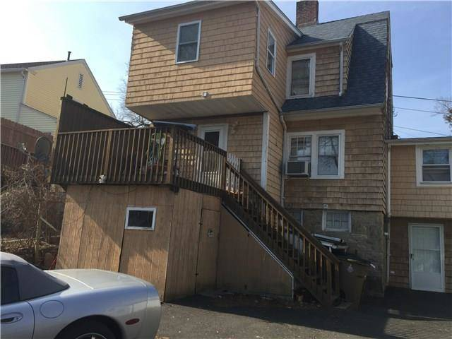 Short Sale: Single Family Home Sold in Stamford CT 06906. Old colonial house near waterfront.