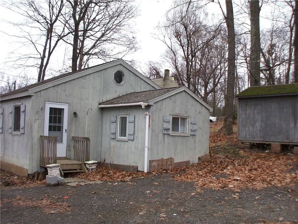 Single Family Home Sold in Danbury CT 06810.  cottage house near beach side waterfront.