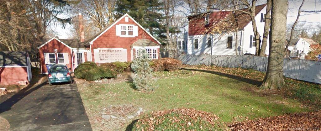 Short Sale: Single Family Home Sold in Bridgeport CT 06610.  cape cod house near waterfront with 1 car garage.