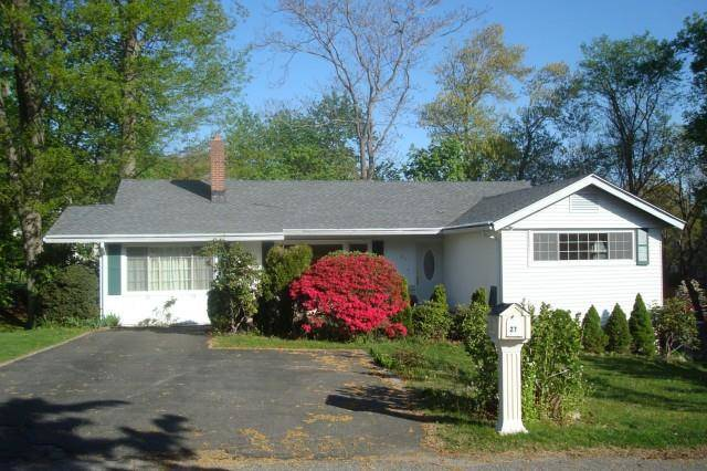Single Family Home Rented in Greenwich CT 06878. Ranch house near beach side waterfront.