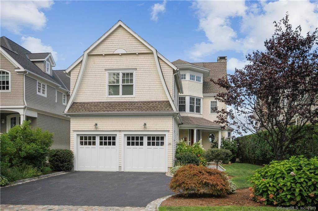 Luxury Single Family Home Sold in Norwalk CT 06854. Colonial house near beach side waterfront with 2 car garage.