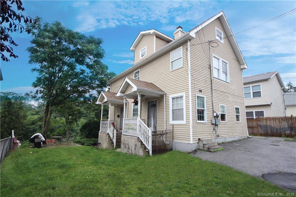 Multi Family Home Sold in Norwalk CT 06854.  house near beach side waterfront.