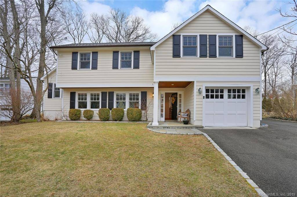 Single Family Home Sold in Greenwich CT 06807.  house near waterfront with 1 car garage.