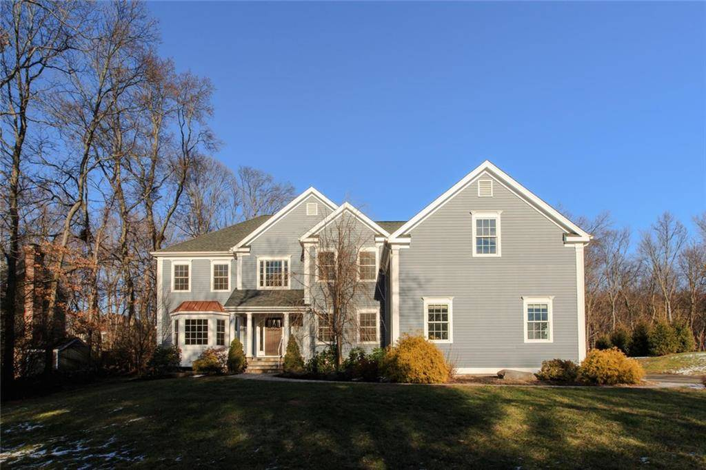 Foreclosure: Single Family Home Sold in Fairfield CT 06824. Colonial house near waterfront with 3 car garage.