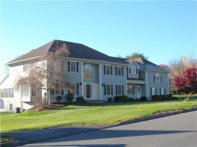 Single Family Home Sold in Trumbull CT 06611. Colonial house near waterfront with swimming pool and 3 car garage.