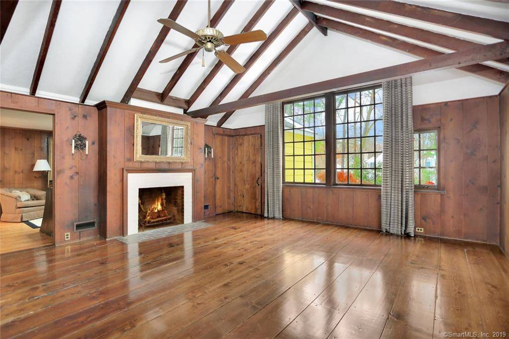 Single Family Home Sold in New Canaan CT 06840. Old  cottage house near waterfront with 2 car garage.