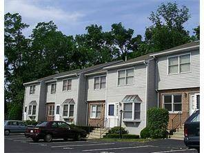 Condo Home Sold in Bridgeport CT 06606.  townhouse near beach side waterfront.