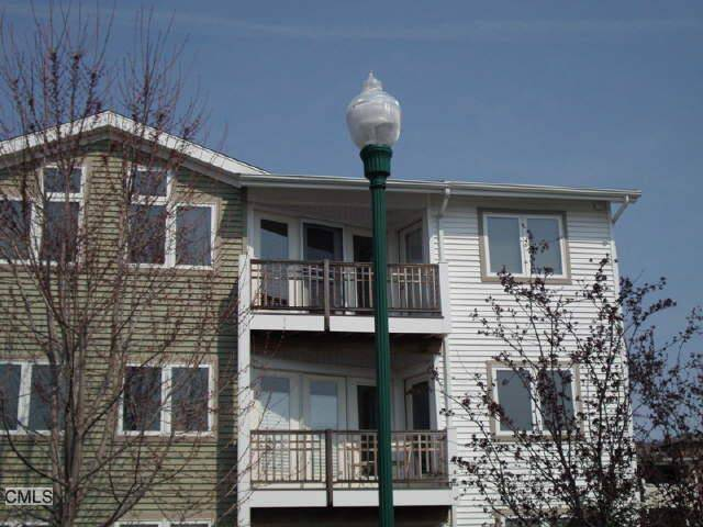 Condo Home Rented in Bridgeport CT 06605. Ranch house near waterfront.