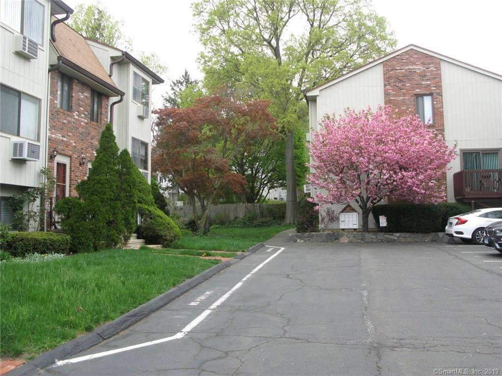 Condo Home Sold in Stamford CT 06906.  townhouse near waterfront.