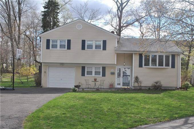 Single Family Home Rented in Fairfield CT 06824.  house near beach side waterfront with 1 car garage.