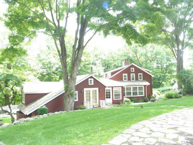 Single Family Home Sold in Wilton CT 06897. Old colonial, antique house near lake side waterfront with 2 car garage.