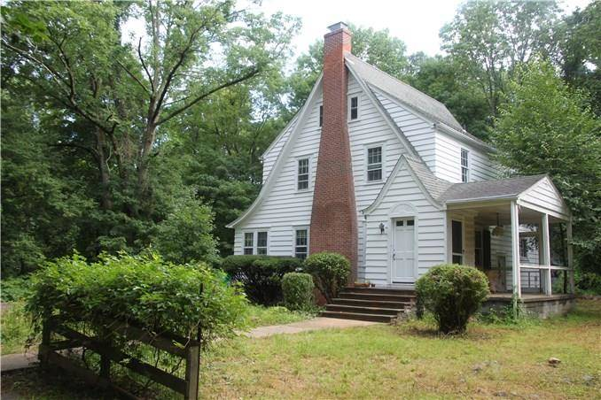 Single Family Home Sold in Easton CT 06612. Old colonial, tudor house near waterfront with 2 car garage.