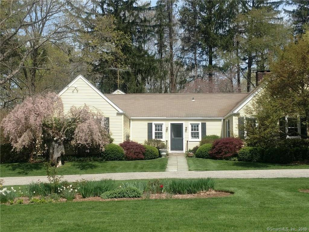 Single Family Home Sold in Stamford CT 06903. Old ranch house near waterfront with 2 car garage.