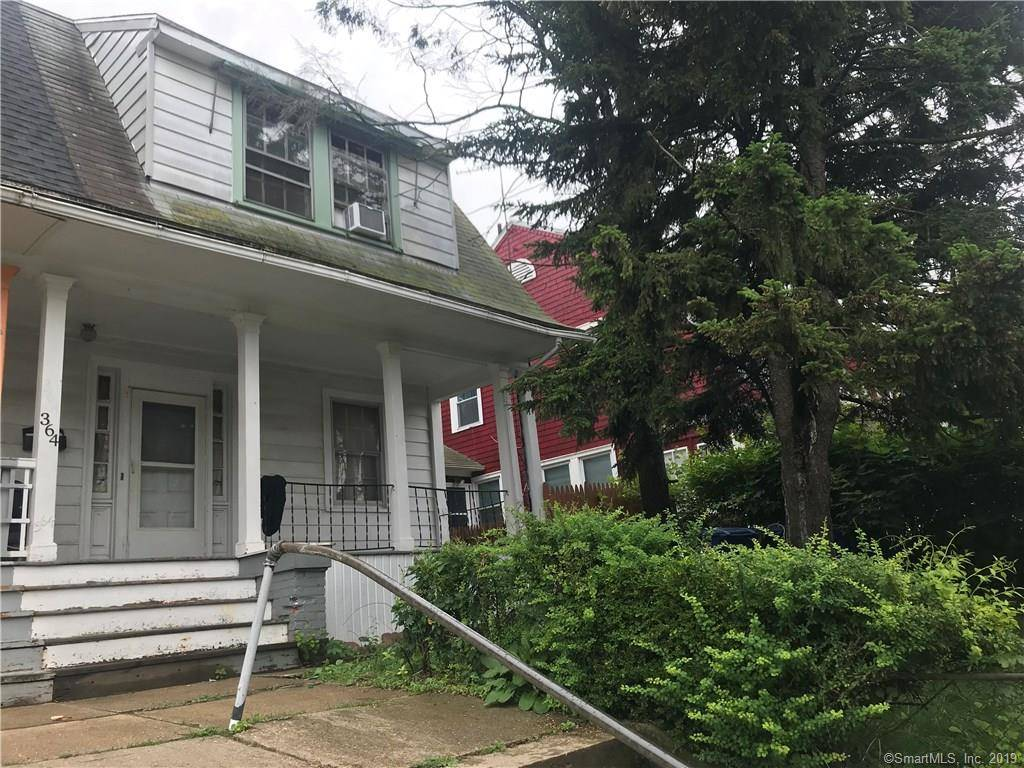 Single Family Home Sold in Bridgeport CT 06610. Old  house near waterfront.