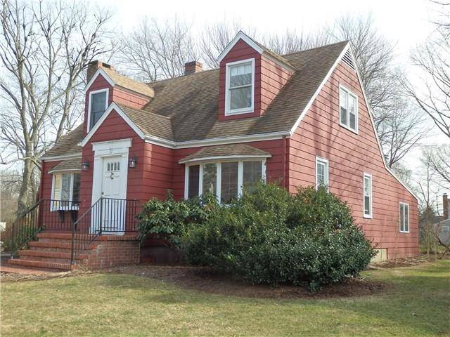 Single Family Home Sold in Trumbull CT 06611. Colonial cape cod house near waterfront with 1 car garage.