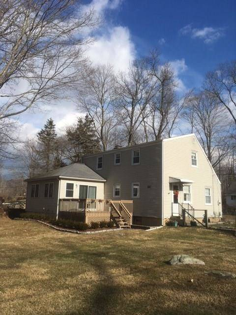Single Family Home Sold in Ridgefield CT 06877.  cape cod house near waterfront.