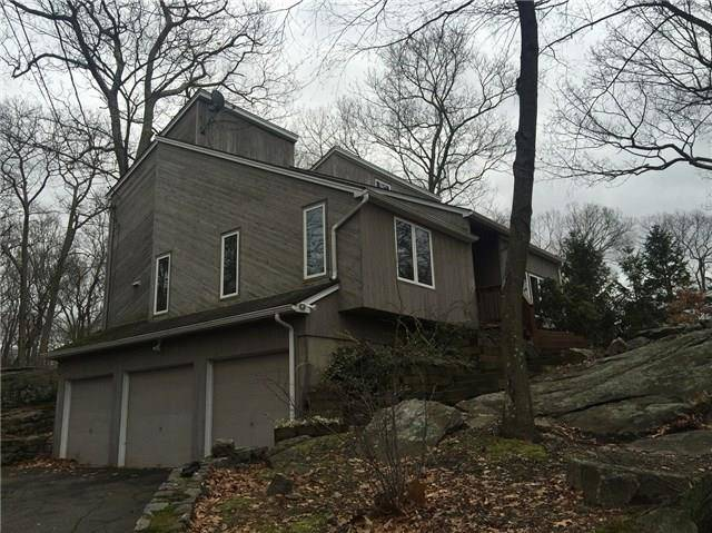 Short Sale: Single Family Home Sold in Shelton CT 06484. Contemporary house near beach side waterfront with 3 car garage.